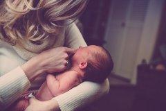 四个月的宝宝如何添加辅食 宝宝辅食吃什么