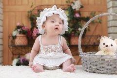 1个月宝宝早教有哪些方法 1个月宝宝早教意义