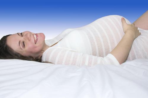 剖腹产后多久可以淋浴 剖腹产后多久来月经