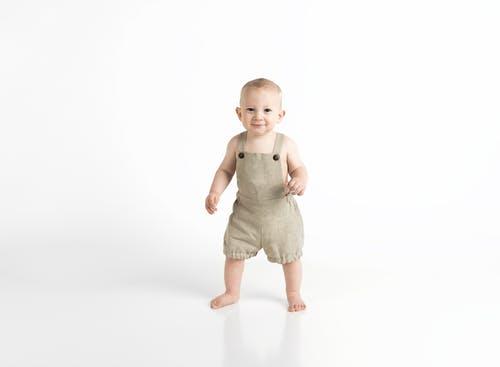 婴儿身高体重对照表 测量婴儿身高的方法