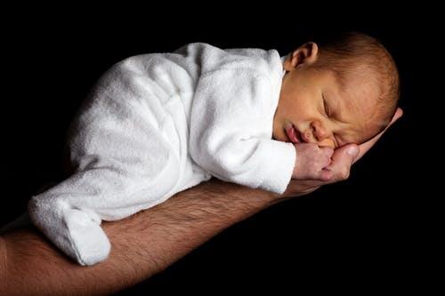 8个月宝宝体重 8个月宝宝吃什么好