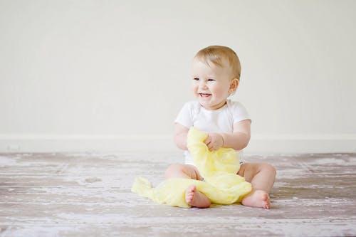 宝宝发烧吃什么食物 宝宝发烧怎么办