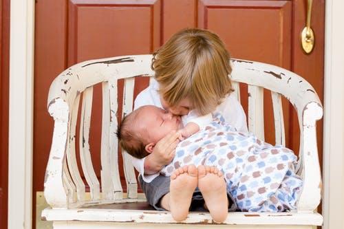 婴儿阴囊湿疹的原因 婴儿阴囊湿疹怎么办