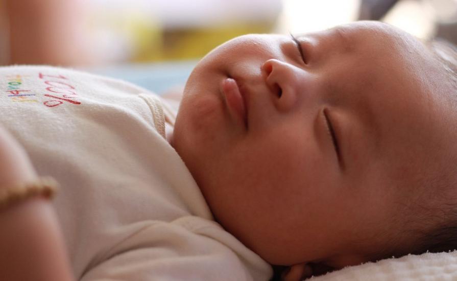 婴儿磨牙棒几个月可以吃 婴儿磨牙棒的作用是什么
