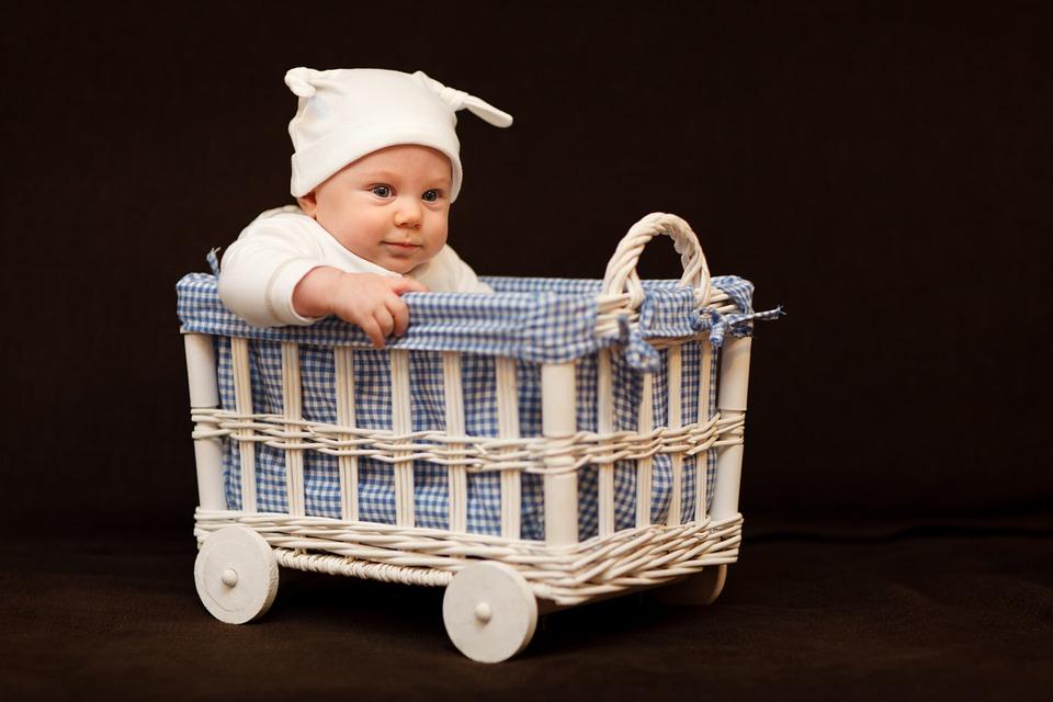 四个月宝宝辅食食谱 几个月吃辅食好