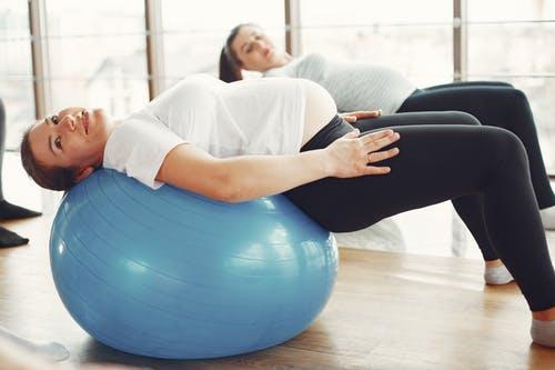 仰卧起坐的正确做法 仰卧起坐的作用是什么