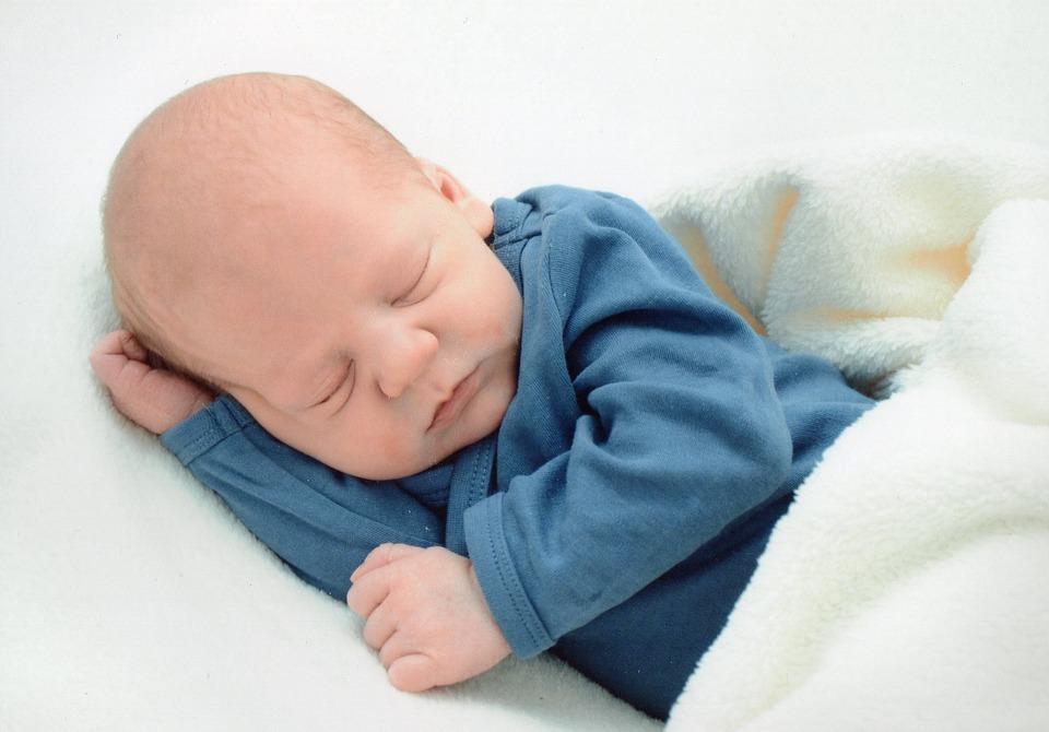 受精卵着床有什么症状 受精卵着床需要几天