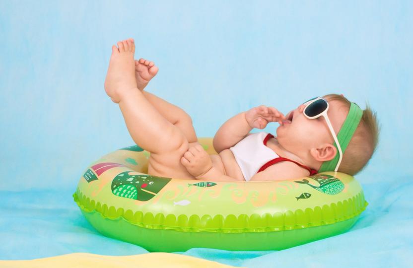 10个月的宝宝发育标准 10个月的宝宝吃什么好